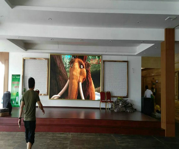 PH7.62mm Indoor SMD LED Screen