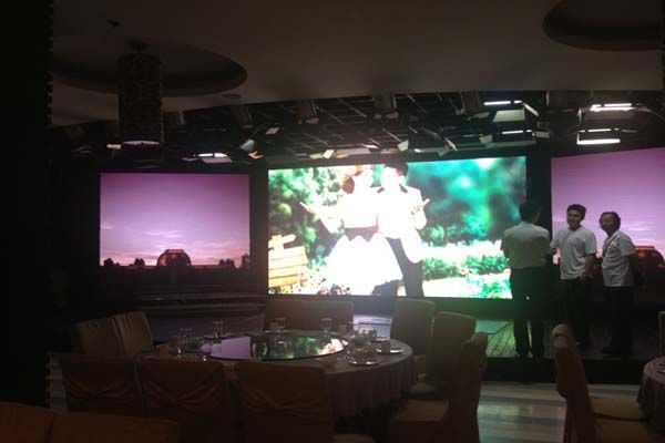 P7.62 indoor arc curve led display screen in Malaysia